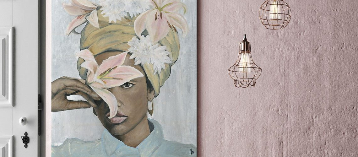 paint_canvas_black_woman_with_flowers